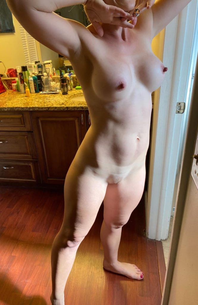 photo femme mure nue